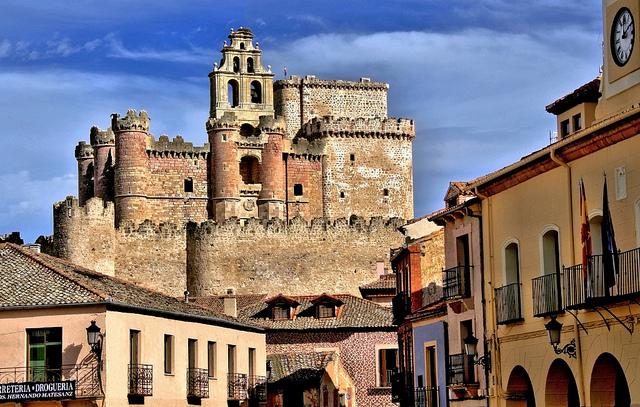 Pedraza de la sierra turismo rural de encanto - La olma de pedraza ...