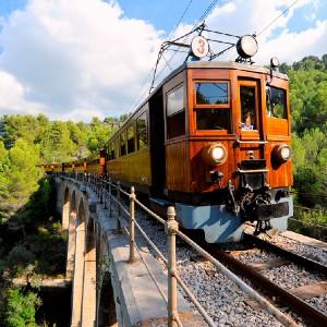 Qué ver en las Islas Baleres- tren de Sóller