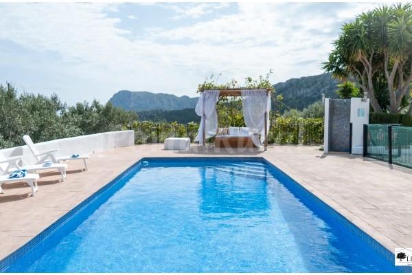 Casas rurales con piscina Alicante
