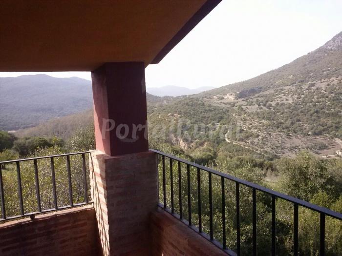 Casa puerto del hornillo casa rural en ubrique for Piscinas naturales hornillo