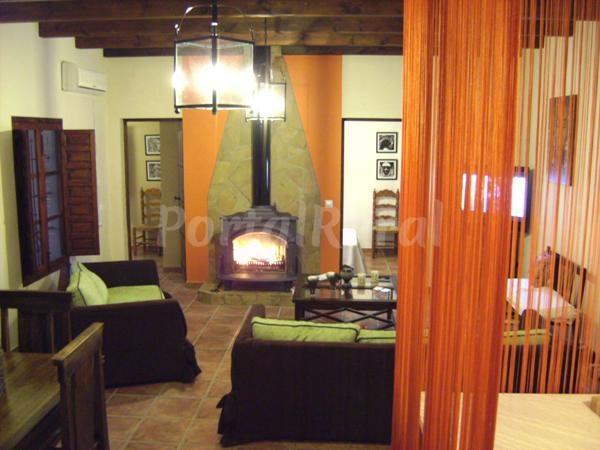 Casa rural azahar casa rural en jimena de la frontera - Casa rural jimena ...