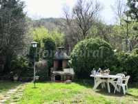 Jardín y barbacoa