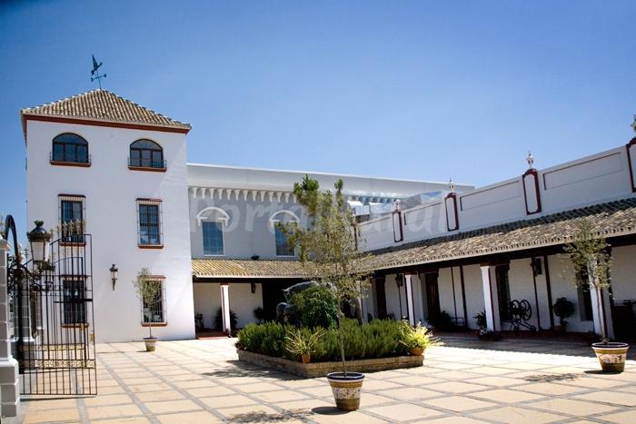 Complejo peque o roc o hotel rural en almonte - Casa rural rocio orgiva ...
