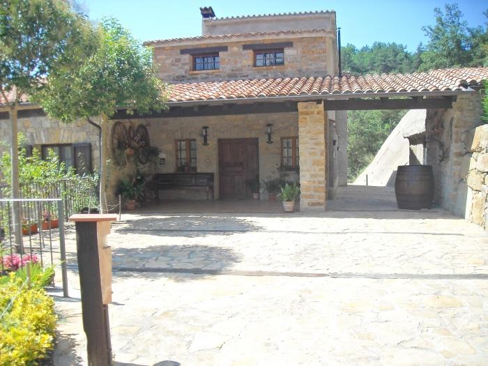 Casa rural mas isoles casa rural en ripoll girona - Mas trobat casa rural ...