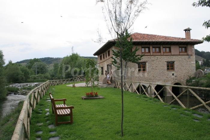 Hotel rural molino valdesgares cervera de pisuerga - Casa rural cervera de pisuerga ...