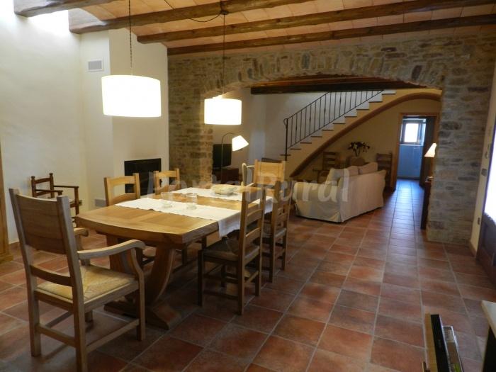 Casa rural can ginesta casa rural en palau sator - Can caponet casa rural ...