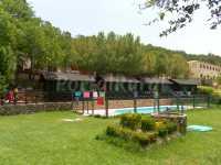 bungalows y piscina