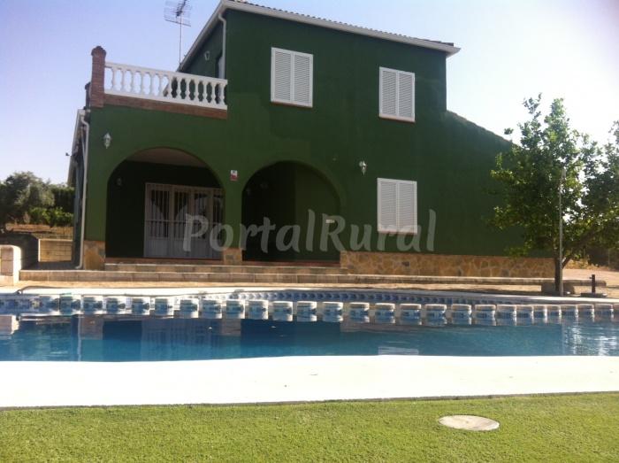 Casa rural alameda casa rural en saucejo sevilla for Casa rural sevilla piscina