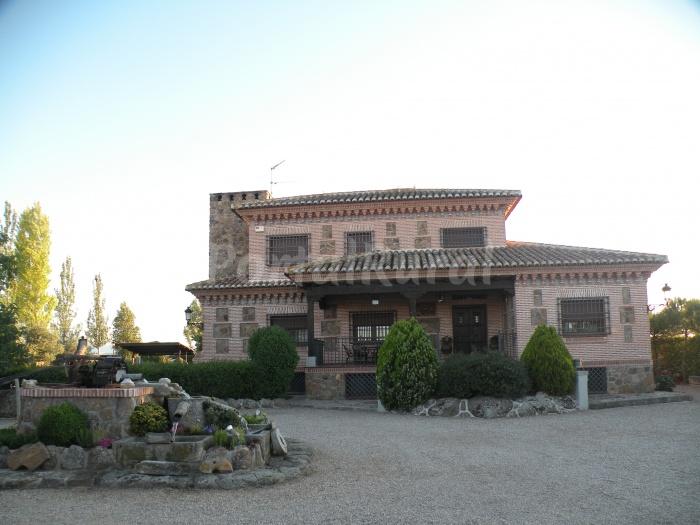 El carrascal g lvez casa rural en g lvez toledo for Casa rural 5 habitaciones