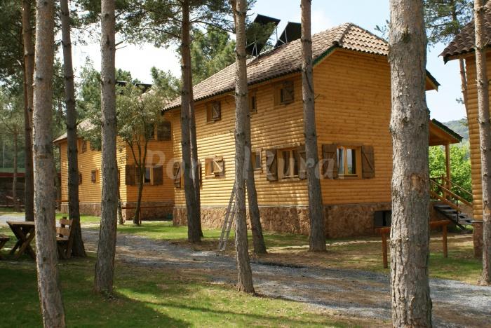 Casas de madera casa rural en prades tarragona - Cases rurals a tarragona ...
