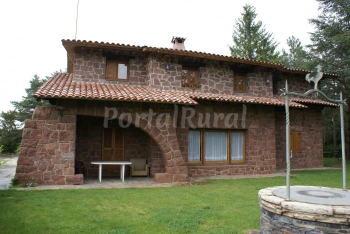 Xalet casa rural casa rural en prades tarragona - Cases rurals a tarragona ...