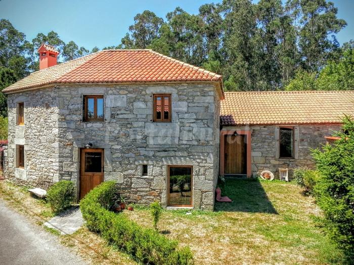 Casa Sendas Do Eume Alojamiento Rural en Monfero