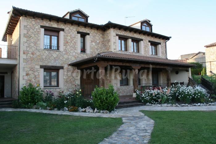 Casas rurales en segovia p gina 4 portalrural for Alquiler casa con piscina granada